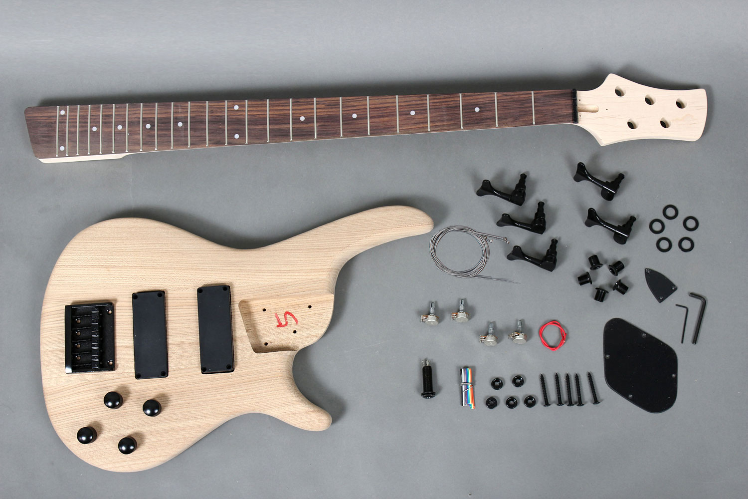 5 strings electric bass guitar diy kit with solid ash body gk se5 5 strings electric bass guitar diy kit with solid ash body gk se5 720 gk se5 720 solutioingenieria Choice Image